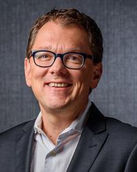 Dr. Robert Lackner